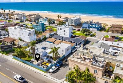 17012 7th Street Sunset Beach CA 90742