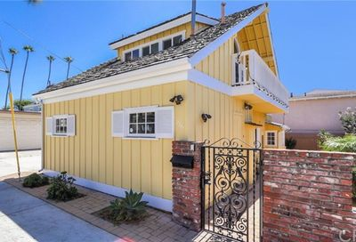 2711 Seaview Avenue Corona Del Mar CA 92625