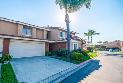7942 Seawall Circle Huntington Beach CA 92648