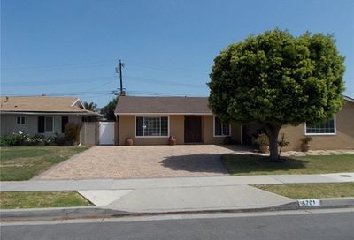 5701 Venturi Drive Huntington Beach CA 92649