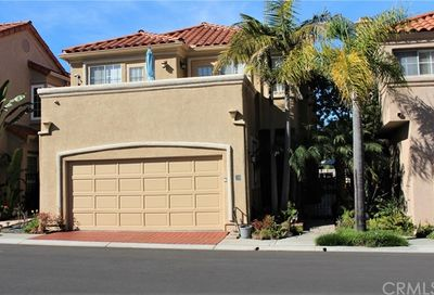 39 Saint John Dana Point CA 92629