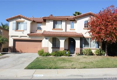 41057 Robards Way Murrieta CA 92562