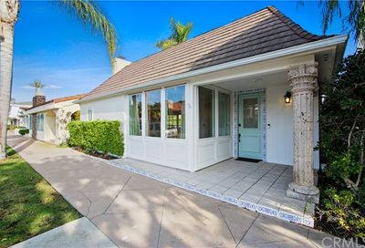 106 Via Genoa Newport Beach CA 92663