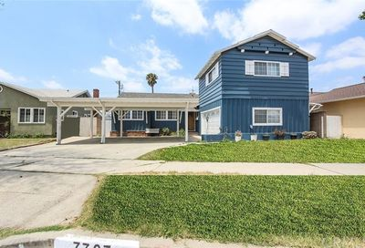 7727 Bluebell Avenue North Hollywood CA 91605
