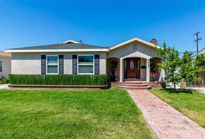 4437 Gaviota Avenue Long Beach CA 90807