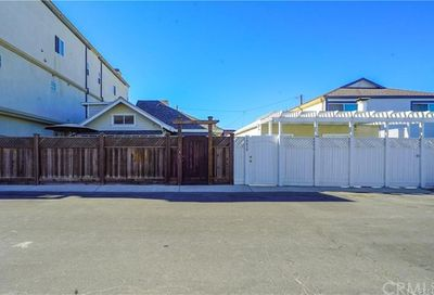 16461 24th Street Sunset Beach CA 90742
