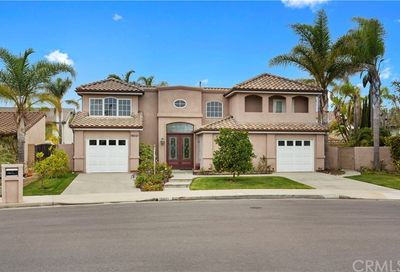 16221 Walrus Lane Huntington Beach CA 92649