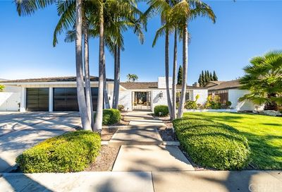 2106 Windward Lane Newport Beach CA 92660