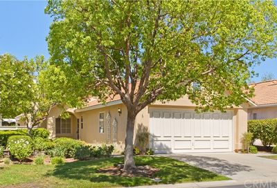 23960 Via Astuto Murrieta CA 92562