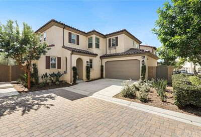 76 Lilac Lake Forest CA 92630