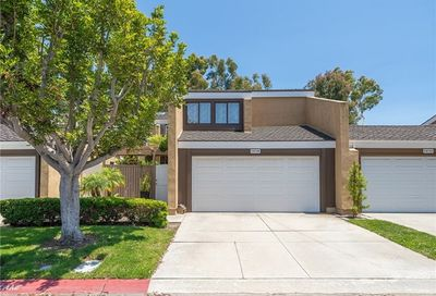 19728 Seashore Circle Huntington Beach CA 92648