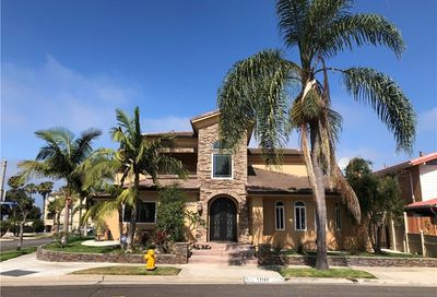 17187 Roundhill Drive Huntington Beach CA 92649
