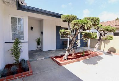 4917 Ironwood Avenue Seal Beach CA 90740