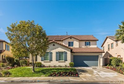 14477 Badger Lane Eastvale CA 92880