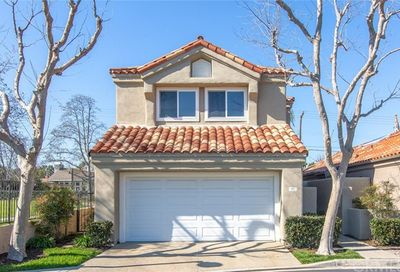 99 Pelican Court Newport Beach CA 92660
