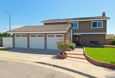 8962 Henton Drive Huntington Beach CA 92646
