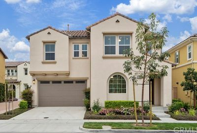 38 Bluebell Lake Forest CA 92630