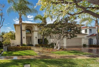 1621 Port Charles Place Newport Beach CA 92660