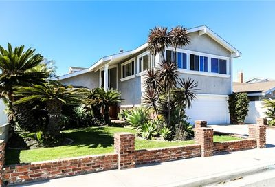 3831 Heather Street Seal Beach CA 90740