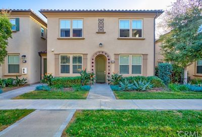102 Agave Lake Forest CA 92630