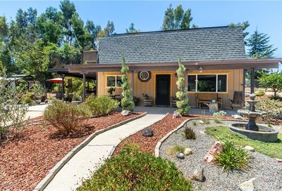 4675 Our Place Paso Robles CA 93446