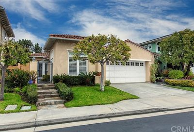 6361 Dogwood Drive Huntington Beach CA 92648