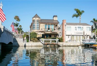 126 Grand Canal Newport Beach CA 92662