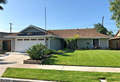 9172 Pioneer Drive Huntington Beach CA 92646