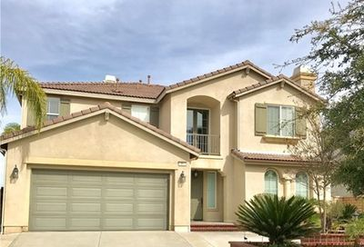 21 Via Del Renal Court Lake Elsinore CA 92532
