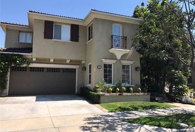 21 Highfield Glen Irvine CA 92618