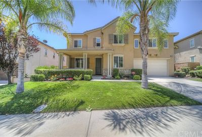 27367 Trefoil Murrieta CA 92562