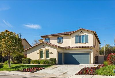 14501 Badger Lane Eastvale CA 92880