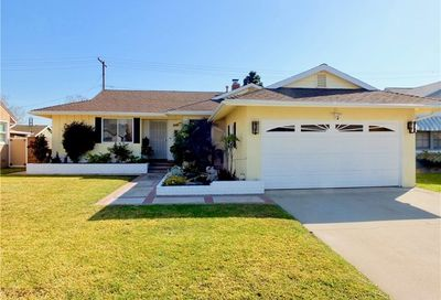 6836 E Huntdale Street Long Beach CA 90808