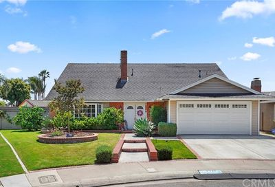8722 Princess Circle Huntington Beach CA 92646
