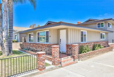 7837 Newman Avenue Huntington Beach CA 92647