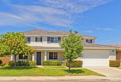 27999 Hide Away Court Menifee CA 92585