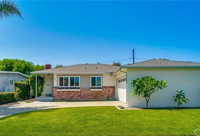 2845 Radnor Avenue Long Beach CA 90815