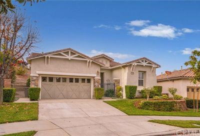 23935 Snowberry Court Corona CA 92883