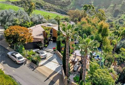 1933 Upper Rim Rock Road Laguna Beach CA 92651