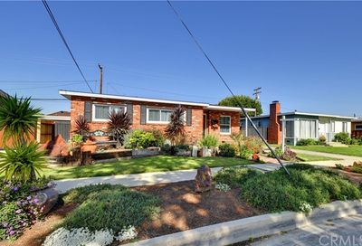 3113 Lomina Avenue Long Beach CA 90808
