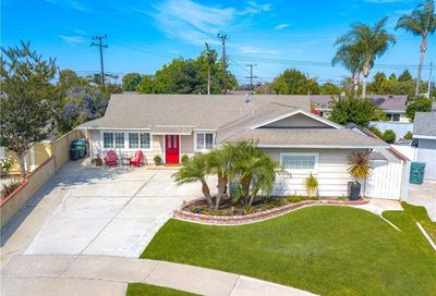 16752 Wanda Circle Huntington Beach CA 92647