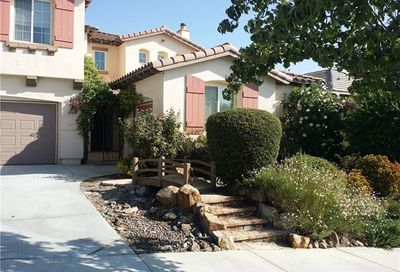 57 Via De La Valle Lake Elsinore CA 92587