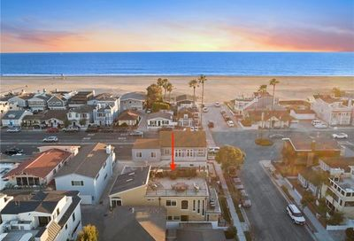 204 7th Street Newport Beach CA 92661