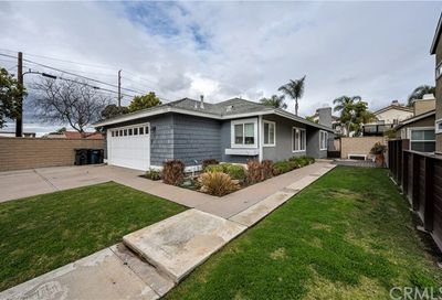 1616 Riverview Circle Huntington Beach CA 92648