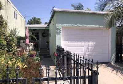 233 E 51st Street Long Beach CA 90805