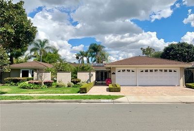 2306 Francisco Drive Newport Beach CA 92660