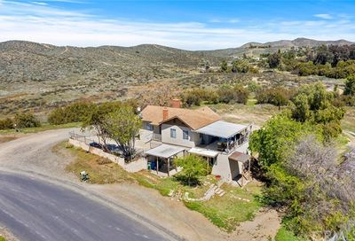 28000 Circle Drive Canyon Lake CA 92587