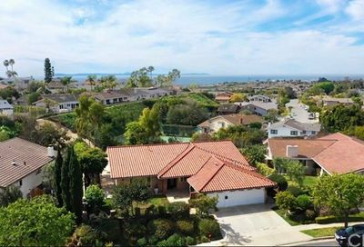 1641 Reef View Circle Corona Del Mar CA 92625