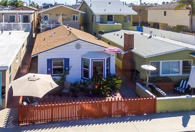 308 36th Street Newport Beach CA 92663