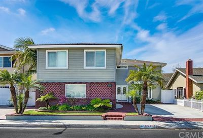 4248 Candleberry Avenue Seal Beach CA 90740